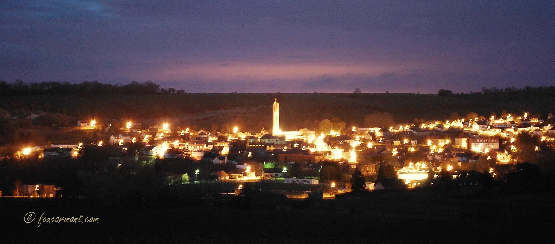 Dorénavant, à partir de 23hoo, l'éclairage public est éteint sauf en plein centre.